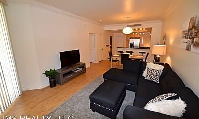 Living Room, 210 E Flamingo Rd, 1