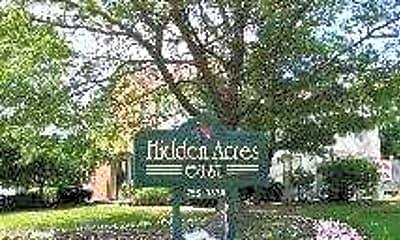 Hidden Acres East, 2