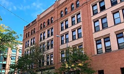 Palace Apartments, 2
