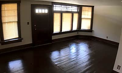 Living Room, 2036 W 95th St, 0