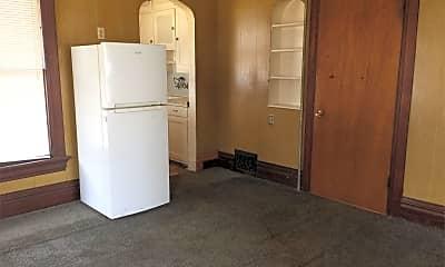 Kitchen, 626 W 7th St, 1