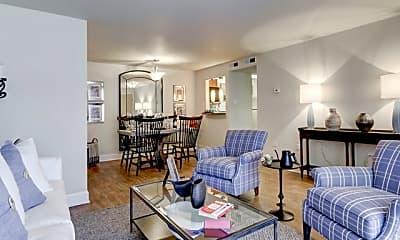 Living Room, Advenir at French Quarter, 1