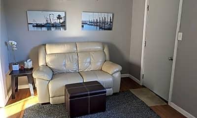 Living Room, 122 Parker St A, 1