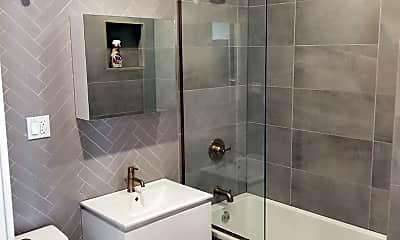 Bathroom, 1726 Woodbine St, 1