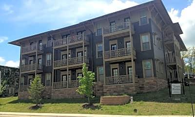 Building, 705 W Douglas St, 1