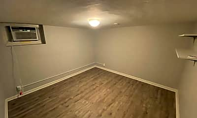 Bedroom, 5816 Lindenwood Ave, 1