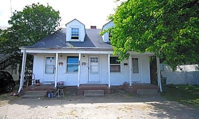 Building, 907 N George St, 0