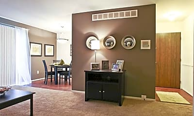 Living Room, Country Squire Apartments, 1
