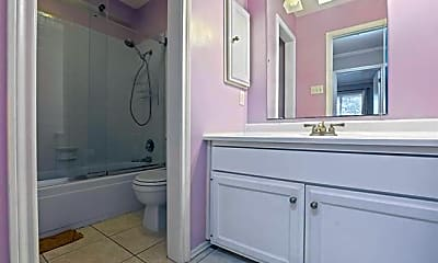 Bathroom, 2612 Custer Pkwy D, 2