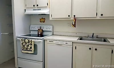 Kitchen, 8020 Fairview Dr 107, 1