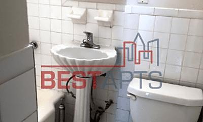 Bathroom, 302 E 38th St, 1