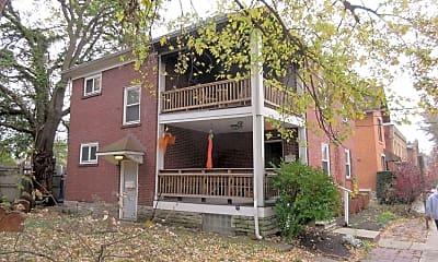 Building, 1356 Dennison Ave, 1