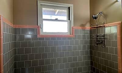 Bathroom, 4642-4646 Florida St, 2
