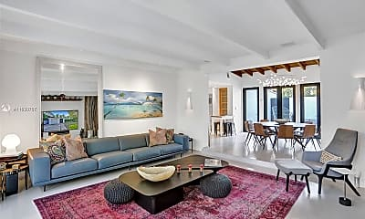 Living Room, 3075 N Bay Rd, 0