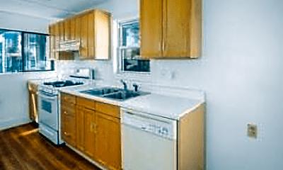 Kitchen, 34 Everett Ave, 2