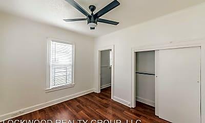 Bedroom, 930 E Grayson St, 2