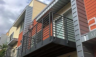 Aria Apartments, 2