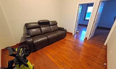 Living Room, 2230 Fairmount Ave, 1