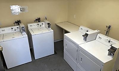 Kitchen, 181 Thorndike St, 2