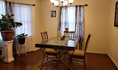 Dining Room, 6042 Cecil Ave, 2