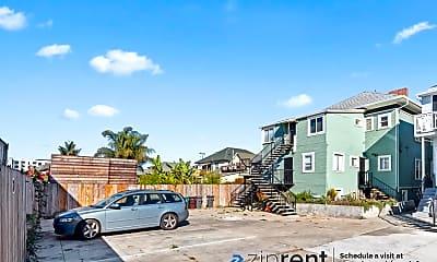 Building, 941 Apgar Street, 941B, 2