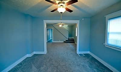 Bedroom, 752 E Pleasant Run Pkwy N Dr, 2