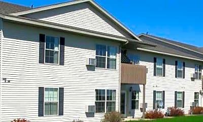Hilltop Apartments, 1
