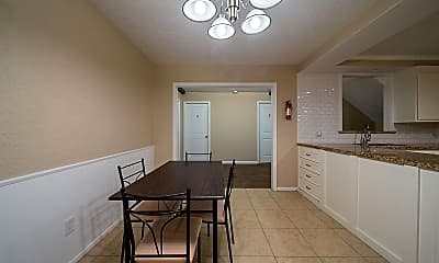 Dining Room, Room for Rent - Live in Shaver Place, 0