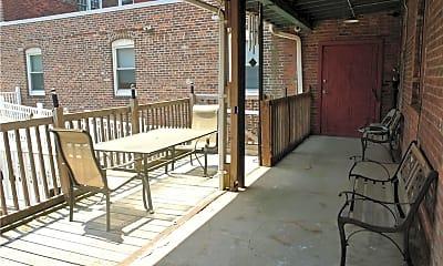 Patio / Deck, 441 Chapel St 1H, 2