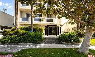 Building, 8349 Blackburn Ave 102, 2