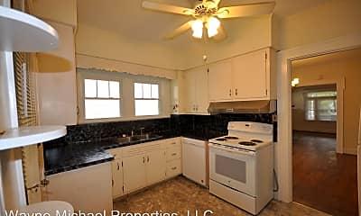 Kitchen, 513 Pyke Rd, 1