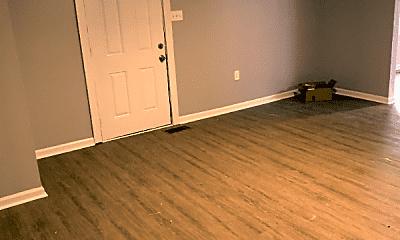 Living Room, 405 Wilborn Ave, 1