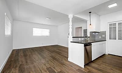 Kitchen, 411 W Franklin Ave, 1