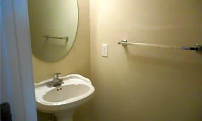 Bathroom, 305 Wythe St, 2