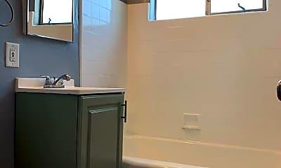 Bathroom, 1927 Clyde Ave, 2
