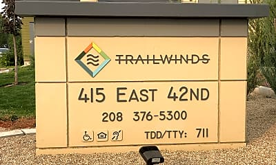 Trailwinds Apartments, 1