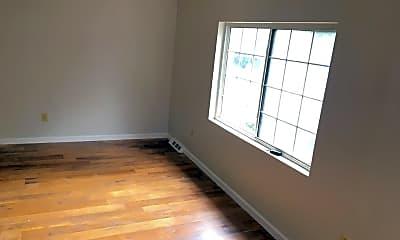Bedroom, 10 Russell Rd, 2