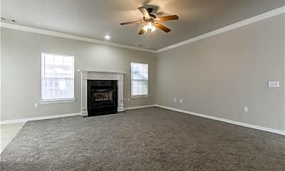 Living Room, 2565 E Turtle Creek Dr, 1