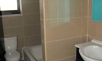 Bathroom, 436 Eastern Pkwy, 2