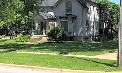 Building, 333 Oak Ave, 1