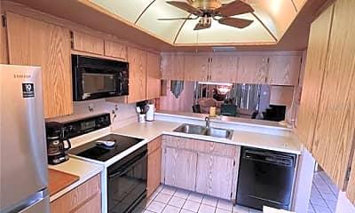 Kitchen, 11511 113th St 35E, 1