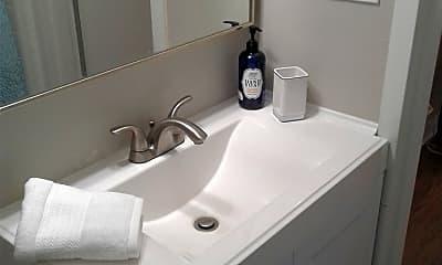 Bathroom, Sterling Towers Apts, 2