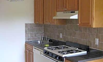 Kitchen, 64 Park Avenue, 1