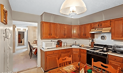 Kitchen, 42 Boston Ct, 1