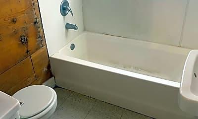 Bathroom, 2221 15th St, 2
