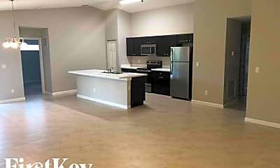 Kitchen, 636 SW Pueblo Terrace, 1