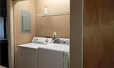 Bathroom, 3043 Steeplechase Dr, 2