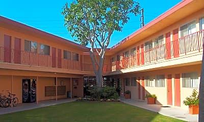 Building, 3338 Redondo Beach Blvd, 0