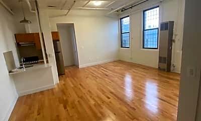 Living Room, 213 Taaffe Pl, 2