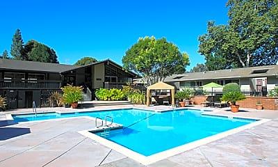 Stoneridge Luxury Apartments, 1